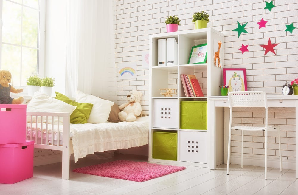 Organised kid's bedroom